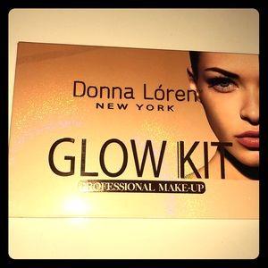Other - Donna Lóren Glow Kit